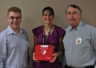 Presentation of Defibrillator to Ipswich Hospice